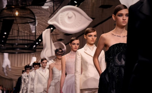 dior-couture-provv-EVIDENZA-800x599